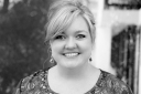 Colleen Hoover Head Shot