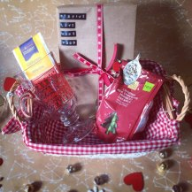 christmas-blind-date-with-a-book-box