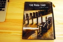 the-book-thief-canvas-book-pouch